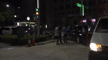 快訊/警政署長陳家欽南下 座車警局前發生車禍