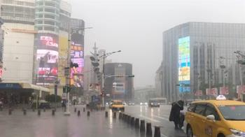 雨彈再升級!15縣市大雨特報 專家示警:大雷雨胞在台北上空