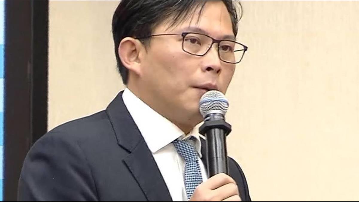 論文風暴2.0?黃國昌再爆:藍委鄭正鈐博士論文也抄襲