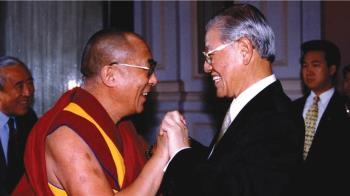 達賴喇嘛致哀悼 讚李登輝對台灣民主貢獻非凡