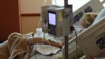 護士染疫缺氧4分鐘!醒來忘光與女兒記憶 家人全心碎
