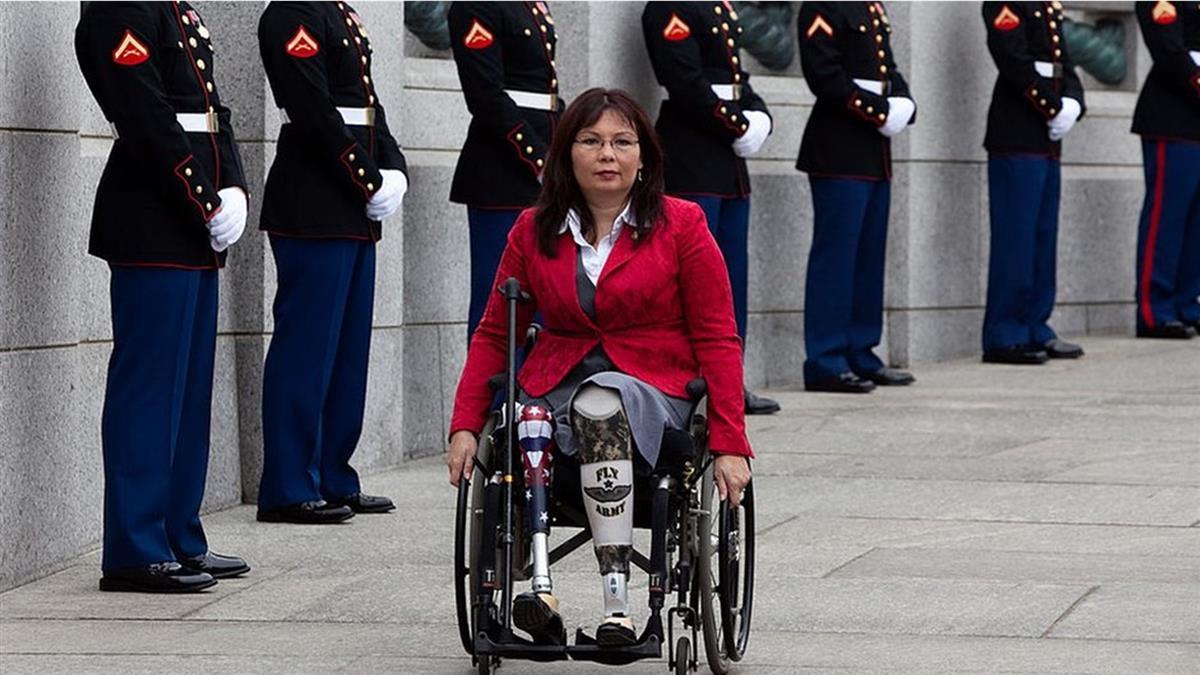 2020美國大選:譚美·達克沃斯——可能成為拜登競選搭檔的亞裔退伍女兵