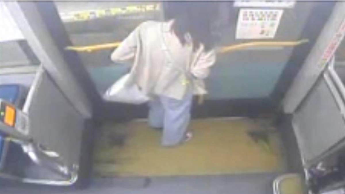 女大生怒批公車夾頭 同業出面打臉 網喊:司機真的很衰
