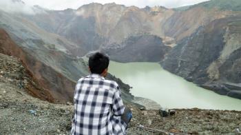 緬甸玉礦的翡翠血淚: BBC記者走訪塌方特大事故現場