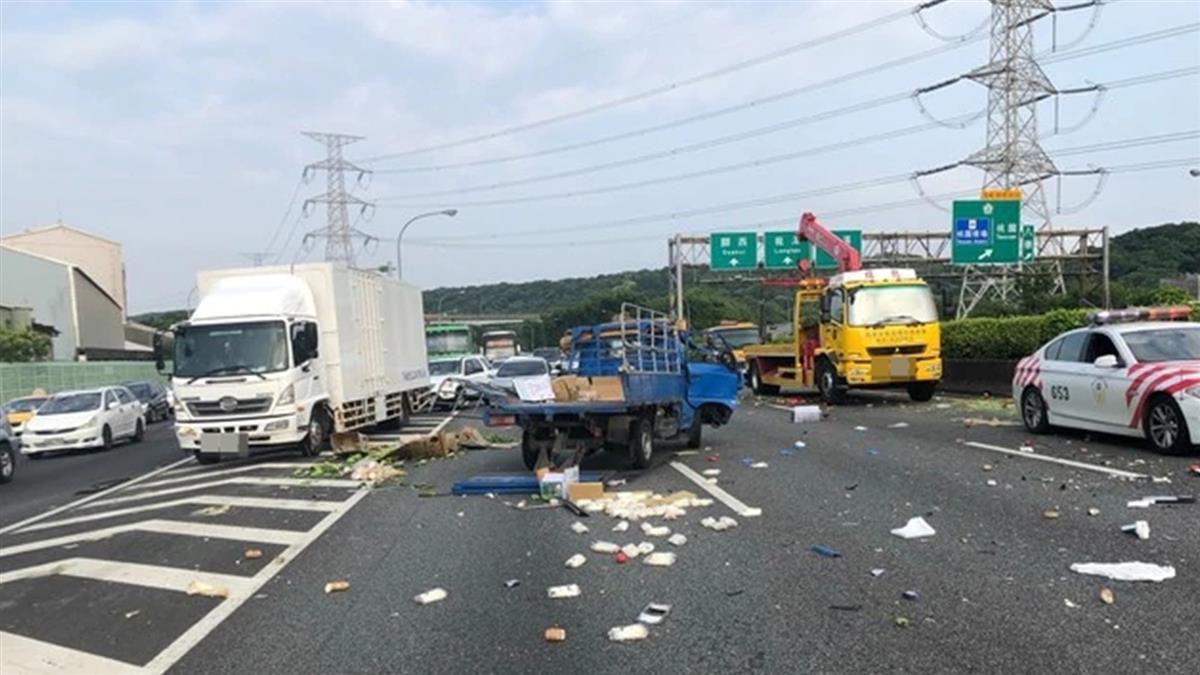 快訊/國道3號鶯歌段3車連環撞!4人受傷送醫