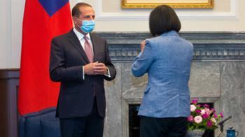 阿薩爾會晤蔡總統:傳達川普對台灣強力友誼與支持