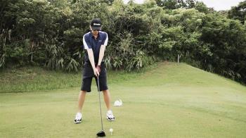 曬打高爾夫球正面照 羅志祥悟出人生大道理