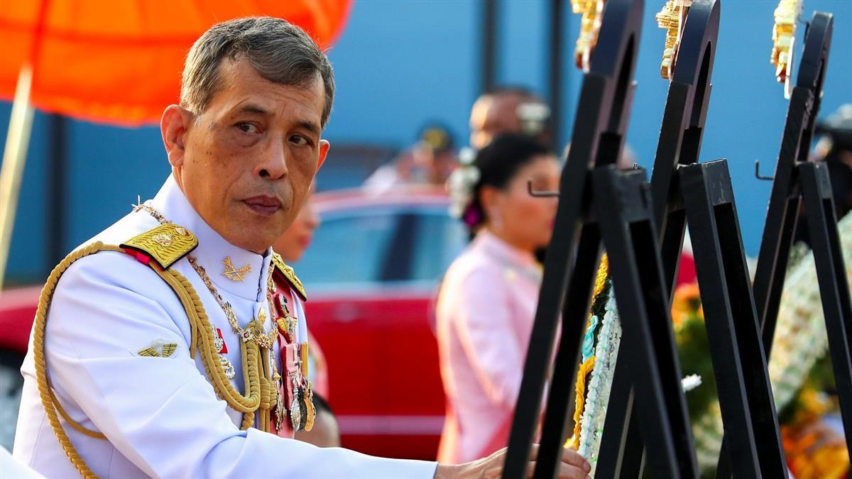 泰國學生罕見公開要求改革王室 總理痛批越線