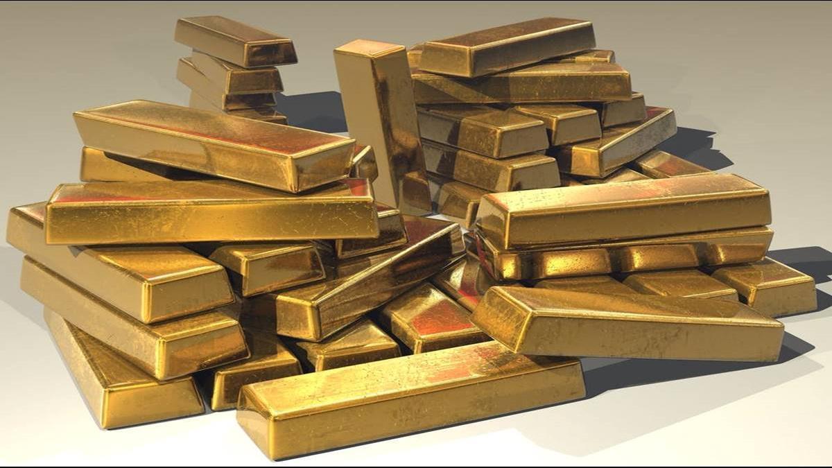 黃金閃崩近5% 創近7年單日最大跌幅