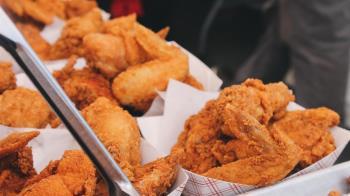 雞翅竟比雞腿肥 營養師列「炸物熱量排行榜」揭真相