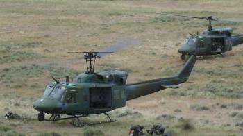 美軍直升機遭槍擊 FBI展開調查
