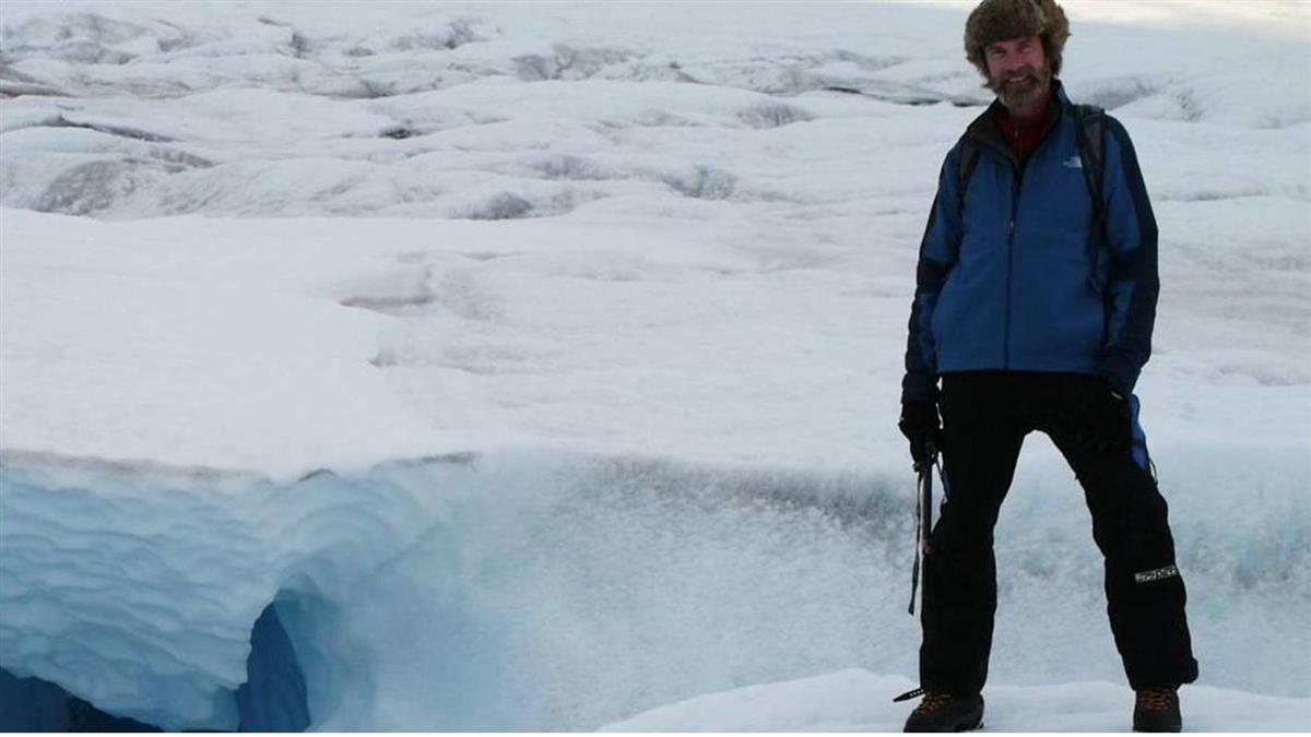 為了警告世界而死!科學家墜格陵蘭冰層裂縫身亡