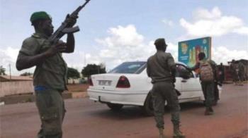 非洲國家馬里傳出軍事政變 總統辭職並宣佈解散議會
