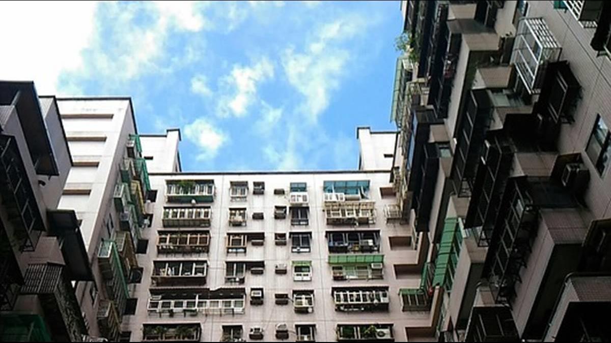 公寓2F水電工未經同意自修馬達 還向住戶請款1萬2 同業喊扯:太貴