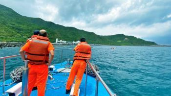 狠撞澎湖漁船還肇逃!海巡急攔救援 陸船賠20萬和解