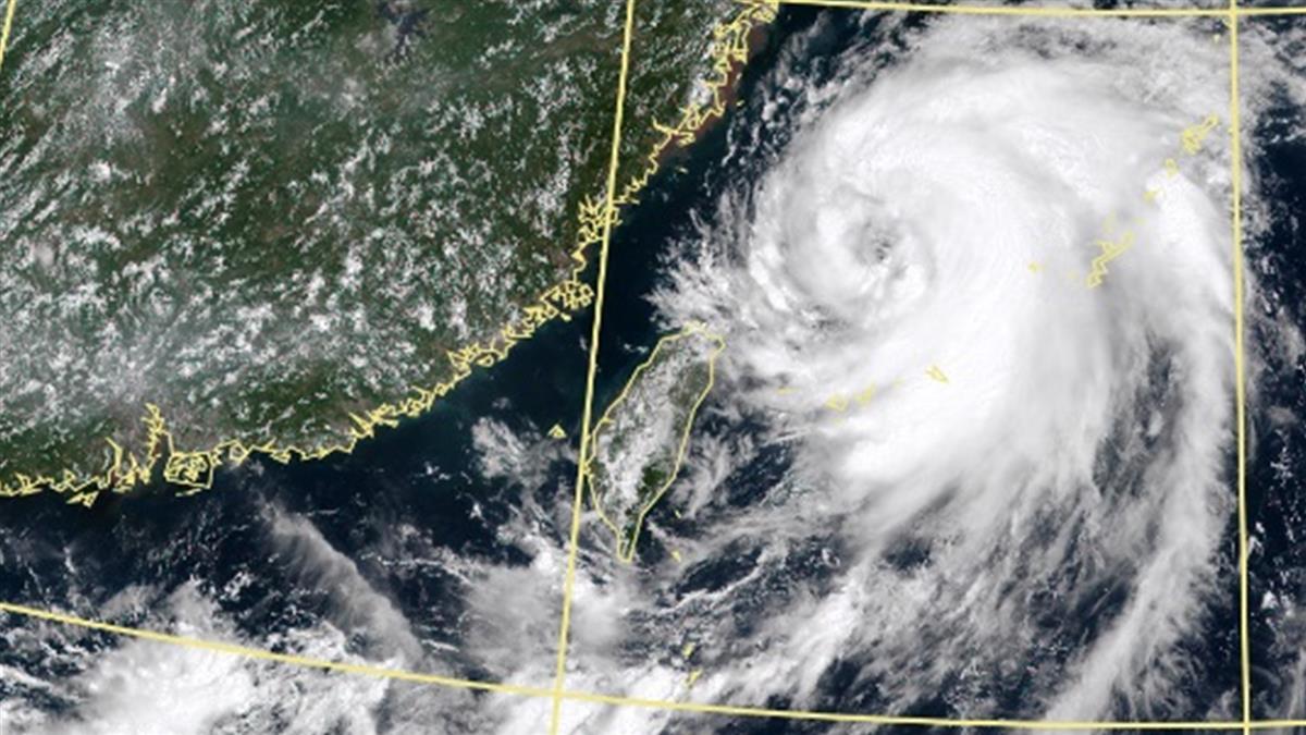 巴威還會增強!3縣市大雨狂炸 鄭明典:它是大尾巴颱風