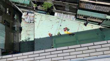 三重老翁疑忘帶鑰匙 爬氣窗返家失足墜8樓亡