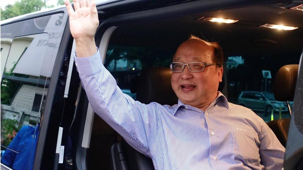 胡志強幽默報平安:下次要跟韓國瑜保持安全距離