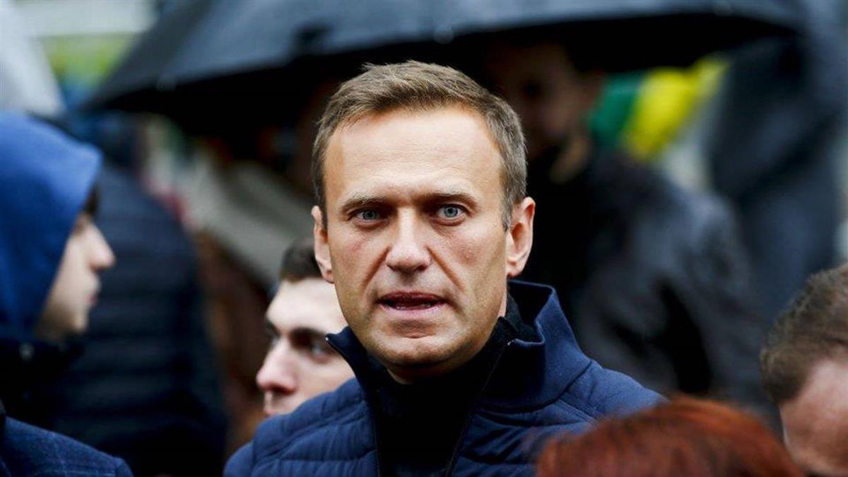 俄羅斯疑似遭下毒反對派領袖抵德國住院治療