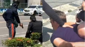 殺人犯躲8個月!當街遭逮 路過民眾嚇壞:拍警匪動作片?