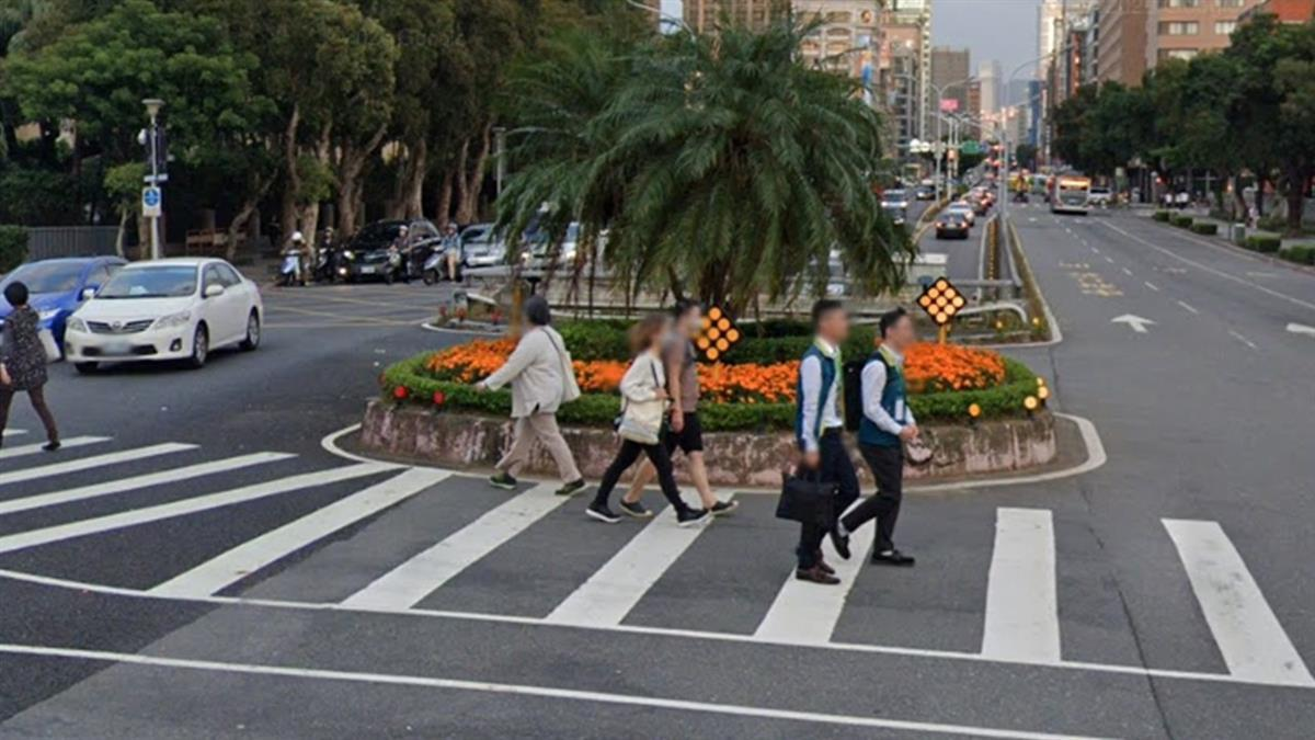 男童違規穿越馬路吃紅單 爸傻眼:才12歲有必要 不能用勸的?