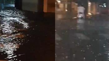 台南雷雨狂炸!機車拋錨慘卡路中 民眾崩潰:黃市長快起床