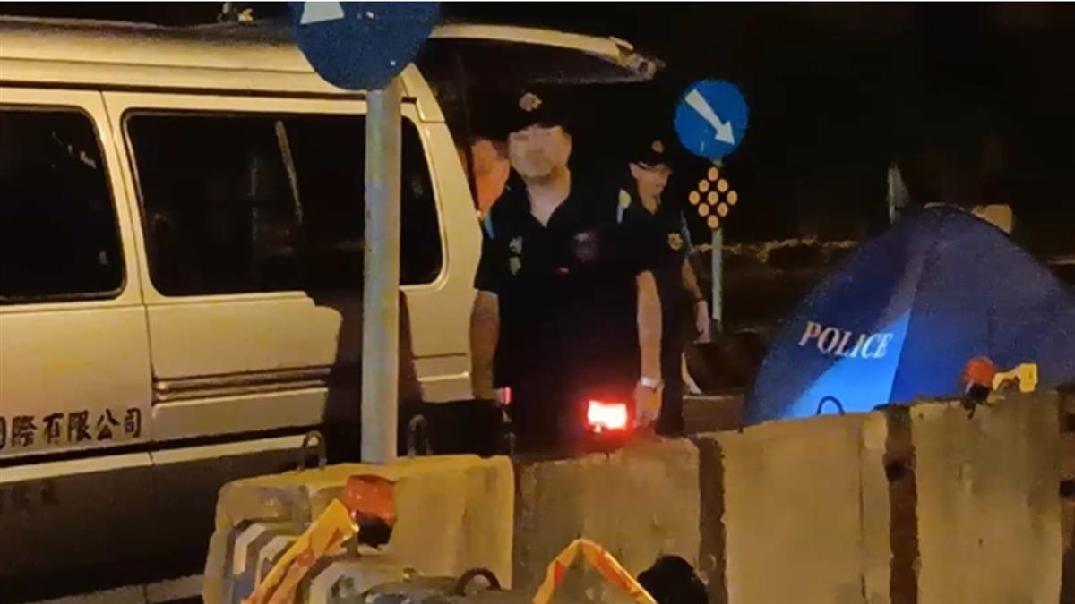 華航準空姐遭聯結車輾斃…擲筊6次才願回家 爸媽哭斷腸