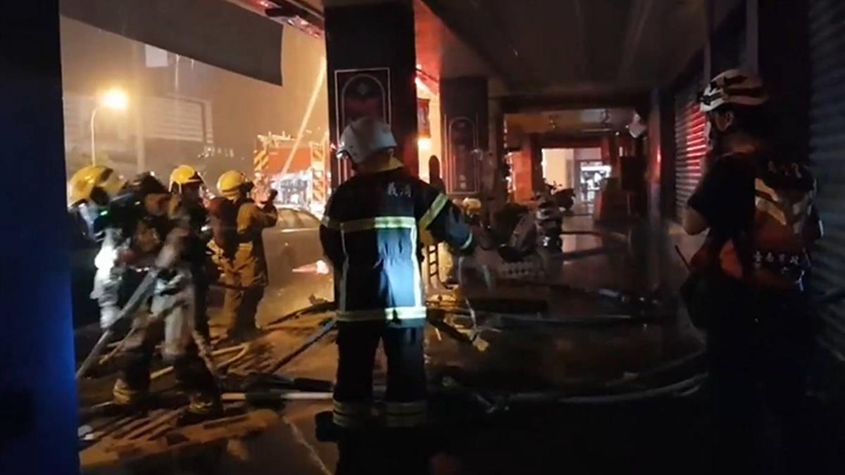 藥局火警燒穿地板! 消防員踩空撞鋼柱險墜樓