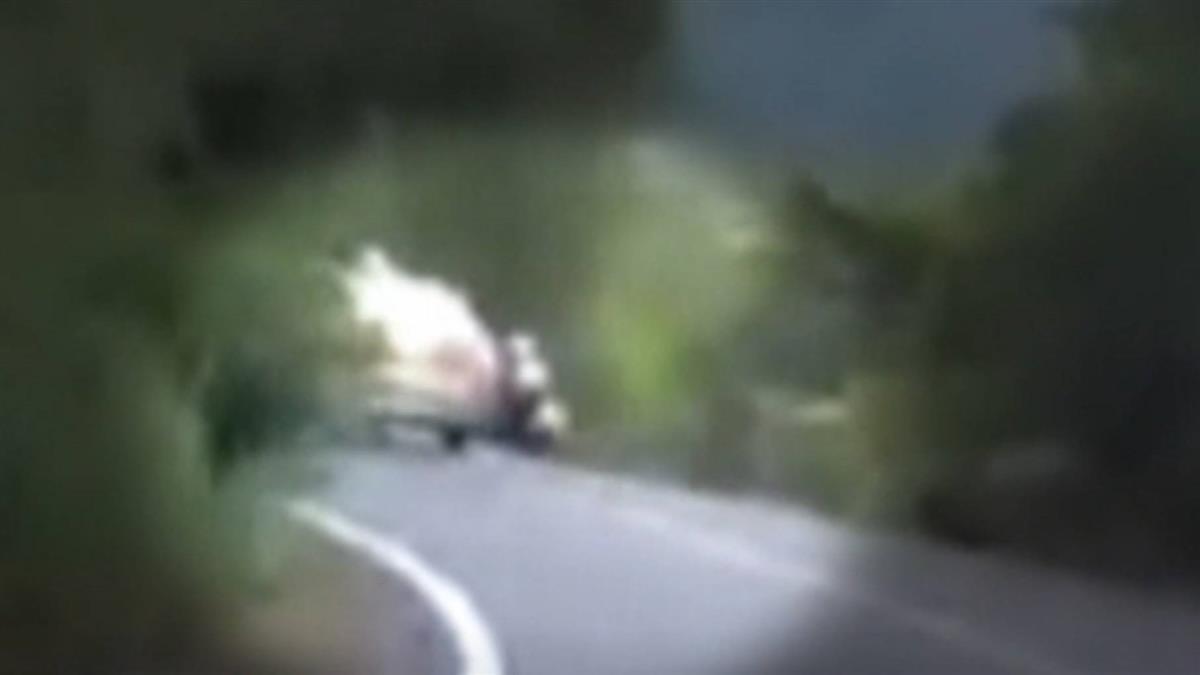 18歲男騎機車行經北宜公路疑自摔  傷重不治
