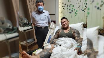 館長遭槍擊後  臉書謝柯文哲探視談病情