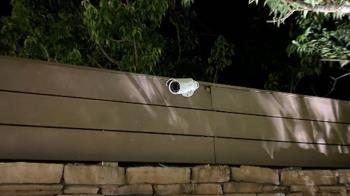 獨/監視鏡頭對準Villa湯屋私池 住客怒告飯店侵犯