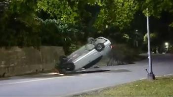獨 / 撞車手車全毀人無傷 專家:角度、車速都計算過