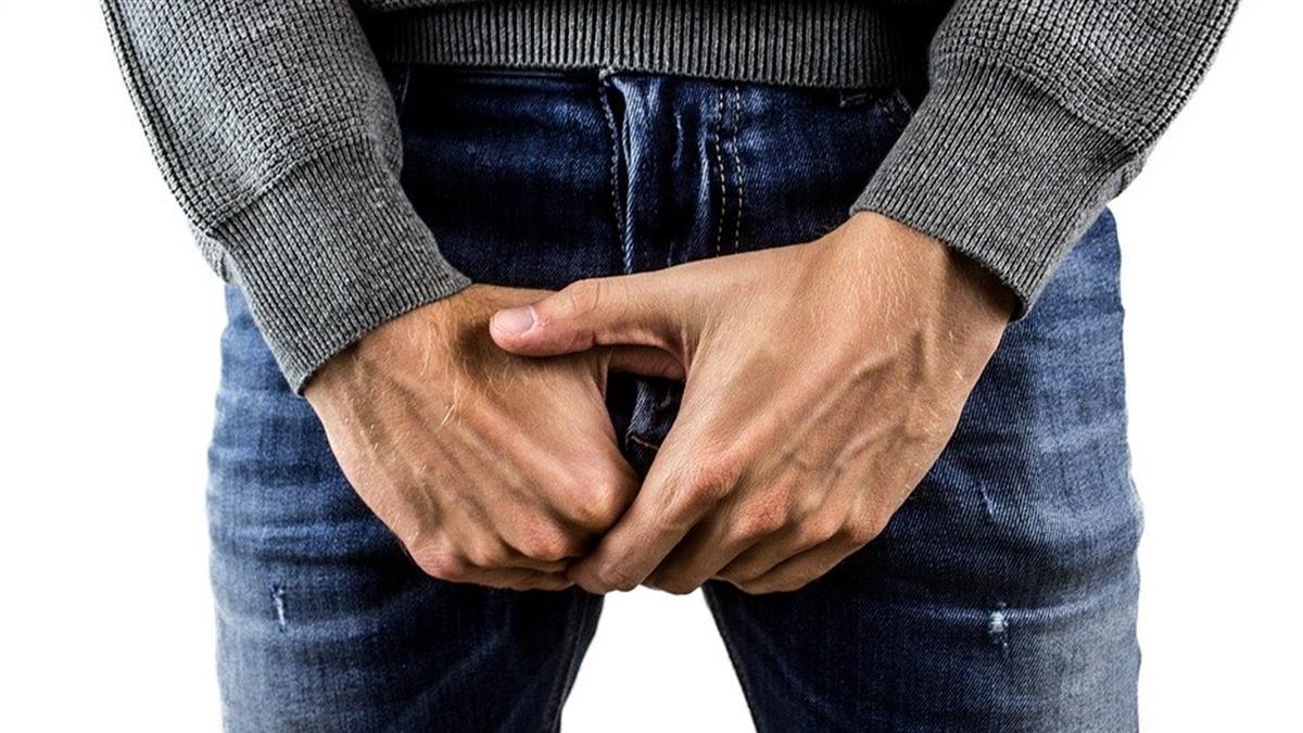 下面噴出血!50歲男屁股痛炸 醫一照:癌細胞擴散了