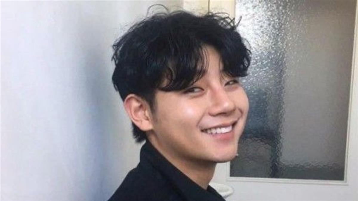26歲男歌手爆死訊!返家遭卡車追撞慘死 粉絲不敢置信
