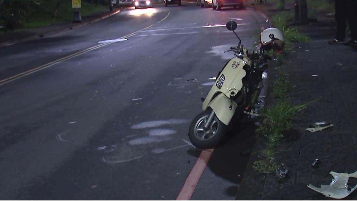開車揉眼睛!50歲男衝對向車道 女騎士買消夜遭撞慘死
