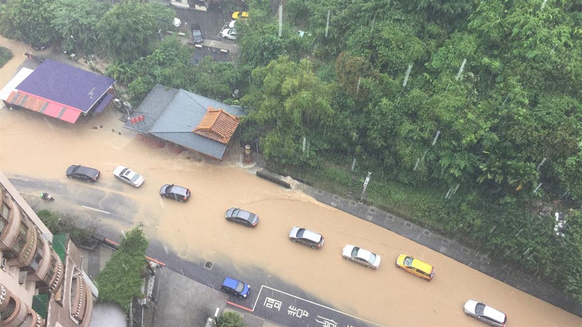 快訊/北北基大雨狂炸! 新北、基隆急發一級淹水警戒