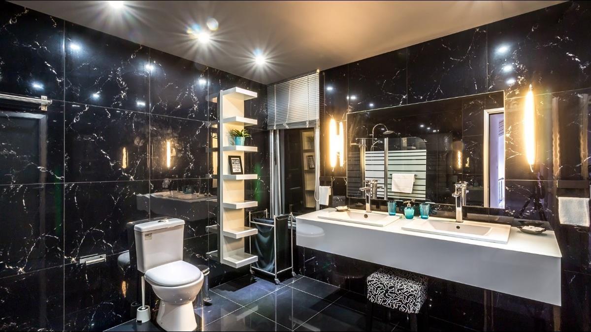 廁所沒窗潮濕發霉難處理? 網推兩設備輕鬆解決:超級好用
