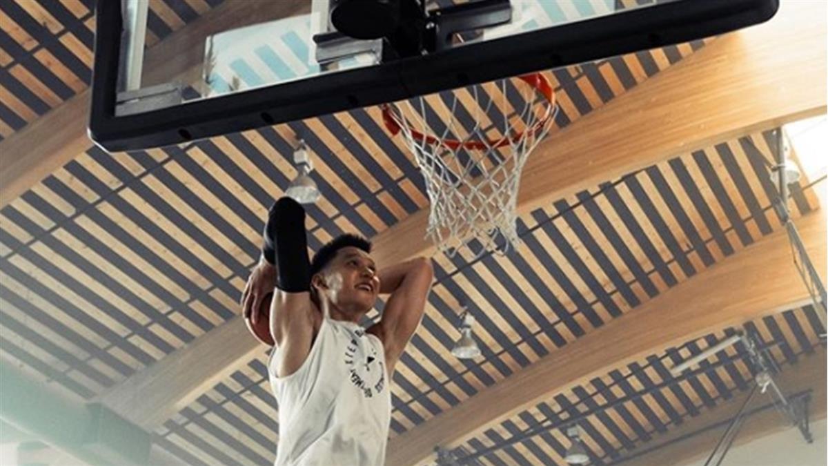 林書豪IG秀灌籃照 宣示再拚NBA