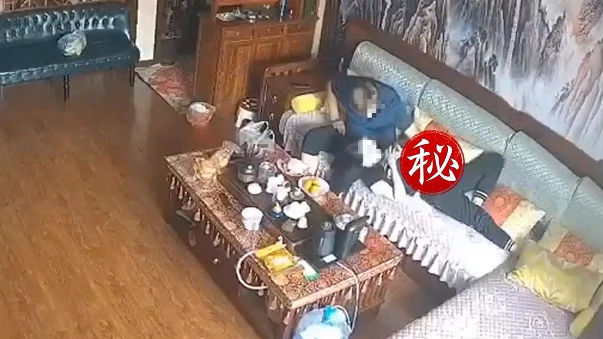 董事長爸性侵兒媳!爆出手伸褲檔片反轉片 兒子大崩潰