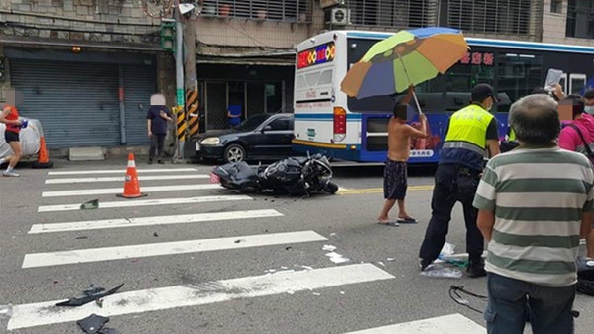 快訊/北宜公路重大車禍!重機騎士被撞飛 失去生跡搶救中