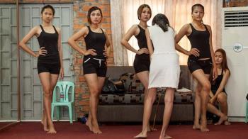 柬埔寨將禁止婦女穿衣太短太暴露 女性說「我的身體我的選擇」