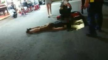 教養問題爆衝突!熱炒店前上演全武行 他被打趴滿臉血