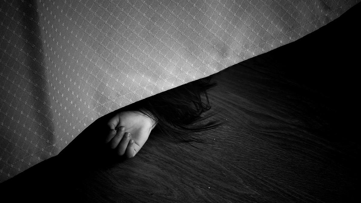 14歲少女迷昏閨密拍不雅照 下場超悽慘