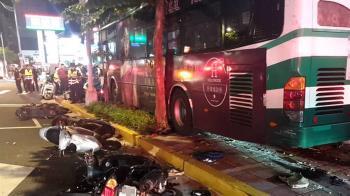 內湖公車撞人行道!路人傷重慘死 警方曝肇事原因
