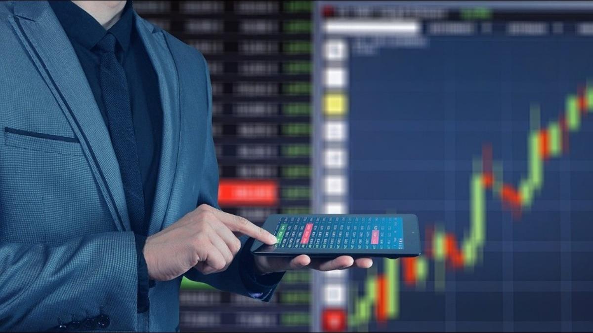 股市投機氣氛高漲! 美國媒體大亨籲投資者「保留現金」
