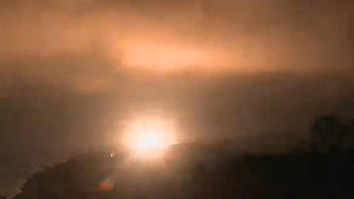 快訊/震撼!九鵬基地飛彈試射 6秒照亮夜空畫面曝