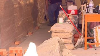 台中工人搭豪宅客梯賠3000! 罰單姓名寫「粗工」被罵爆