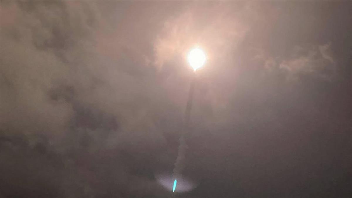 中科院飛彈射擊  解放軍情報船滯留花東外海一週