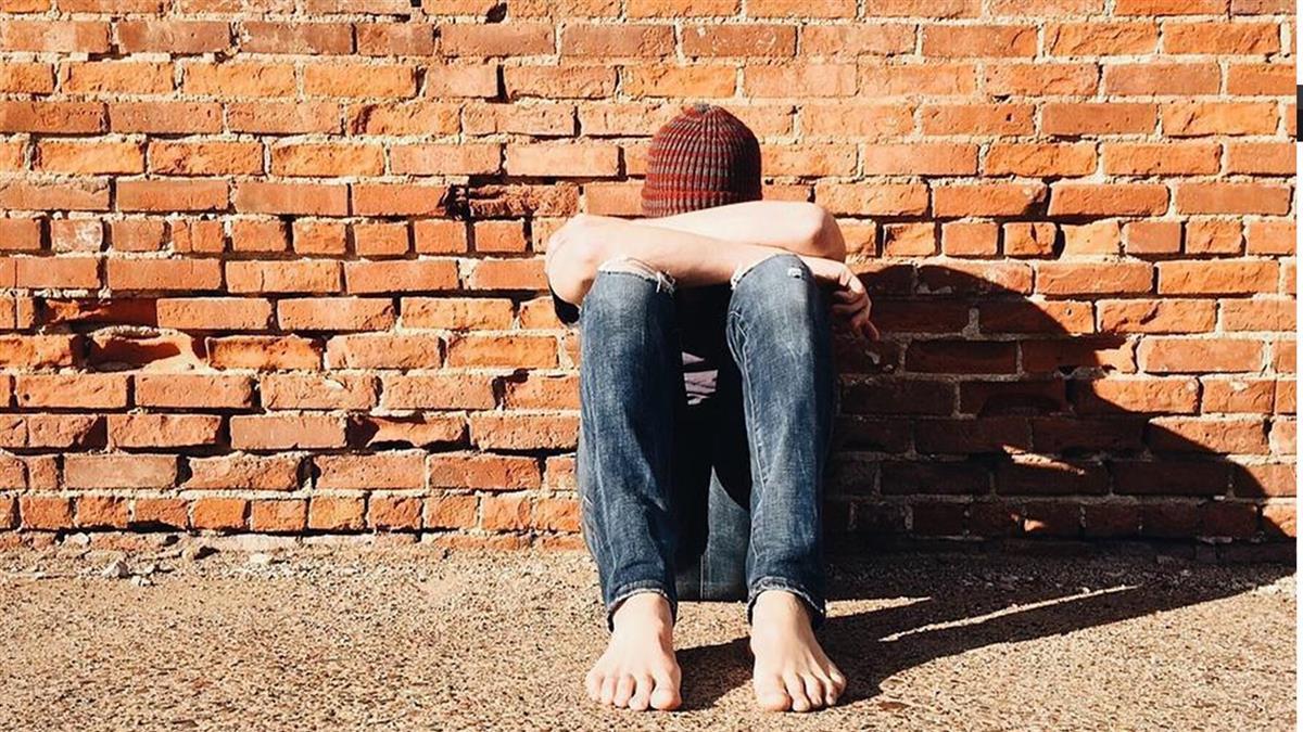 獨居男過世留下百萬保險金 受益人曝光網友眼眶都濕了