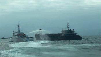 大陸抽砂船非法盜採海砂 大型艦艇接力守護馬祖